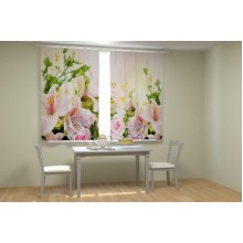 Фотошторы Ассорти цветов в кухне